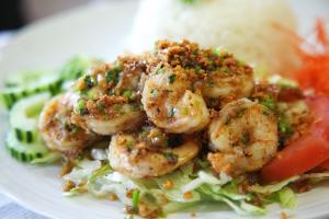 124. Koong Gra-Tiem - delivery menu