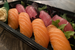 Tuna and Salmon Nigiri Combination set - delivery menu