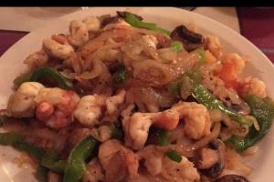 Arroz Con Camarones - delivery menu