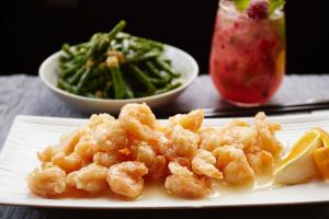 S16. Crispy Shrimp with Lemon Sauce - delivery menu
