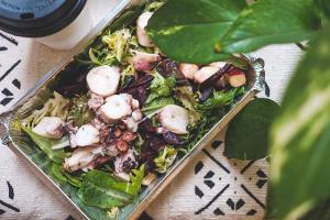 Ocotopus Salade - delivery menu