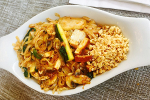 Pad Thai Lunch Special - delivery menu