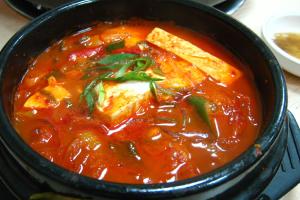 Kimchi Stew (Kimchi Jjigae) - delivery menu