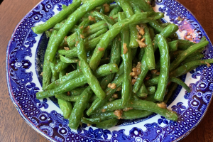 Sauteed String Beans with Fresh Garlic - delivery menu