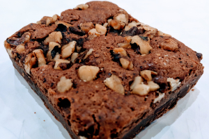Brownie - Walnut - delivery menu