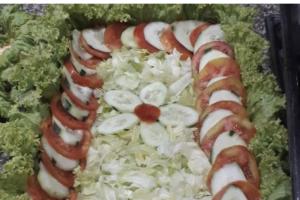 Ensalada de Lechuga y Tomate - delivery menu