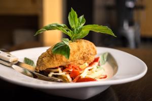 Bangkok Curry Fish - delivery menu