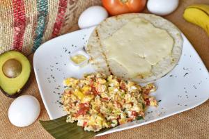 Campesino con Huevos - delivery menu