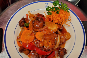 Sweet and Sour Sauce Entree - delivery menu