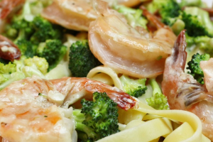 Pasta with Broccoli and Alfredo Sauce - delivery menu