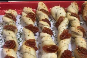 Pepperoni pizza stick - delivery menu