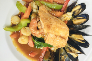 Seafood with Chili Sauce Dinner * - delivery menu