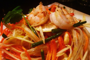 Papaya Salad with Grilled Shrimp - delivery menu