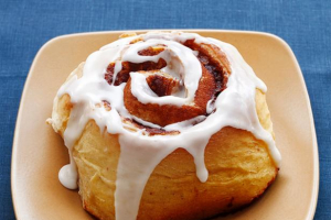 Cinnamon roll - delivery menu