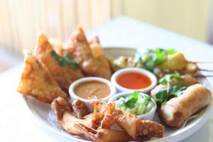 Narai Sampler - delivery menu