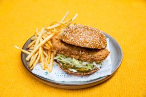 Crispy Chicken Sandwich - delivery menu