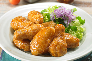Soy Garlic Wings 간장마늘닭날개 - delivery menu