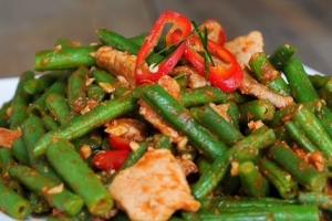 Pad Prig Khing - delivery menu