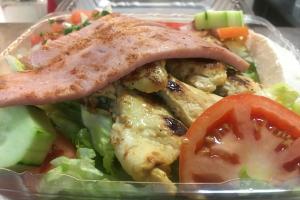 Lunch Ensalada de Pollo - delivery menu