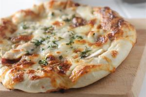 Chicken Broccoli Alfredo Pizza - delivery menu