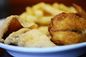 Combo 2-Piece Fried Tilapia and 3-Piece Fried Shrimp and Fries - delivery menu