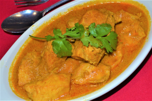 CHICKEN CURRY - delivery menu