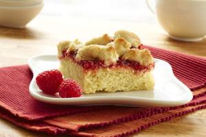 RASPBERRY WALNUT CRUMB CAKE - delivery menu