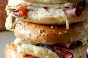 EGG SANDWICH mix and match - delivery menu
