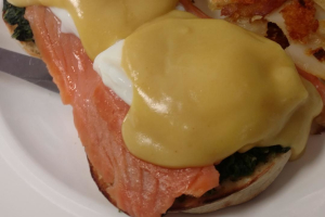 Salmon Benedict - delivery menu