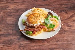 Cobb Burger Deluxe - delivery menu