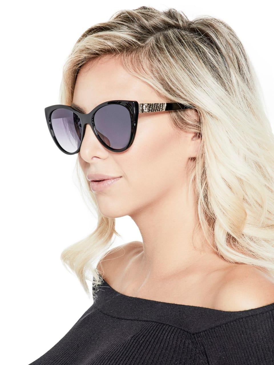 GUESS-Factory-Women-039-s-Plastic-Cat-Eye-Sunglasses thumbnail 5