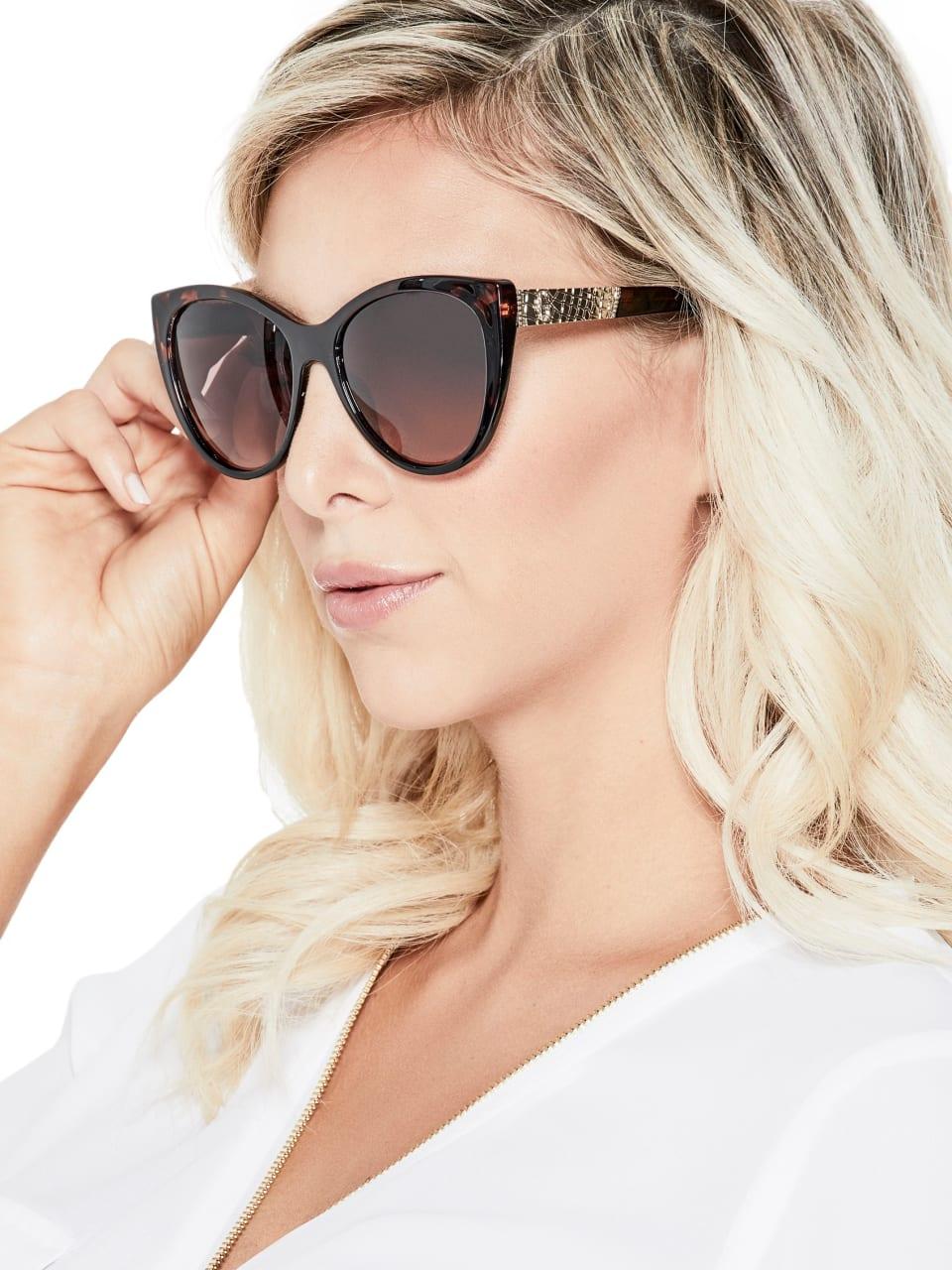 GUESS-Factory-Women-039-s-Plastic-Cat-Eye-Sunglasses thumbnail 8