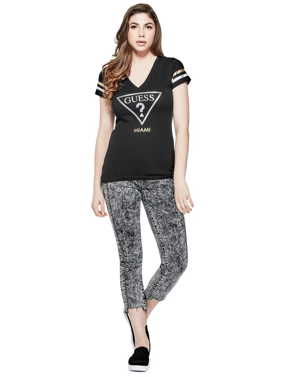 GUESS-Factory-Women-039-s-Miami-City-V-Neck-Varsity-Short-Sleeve-Tee thumbnail 6