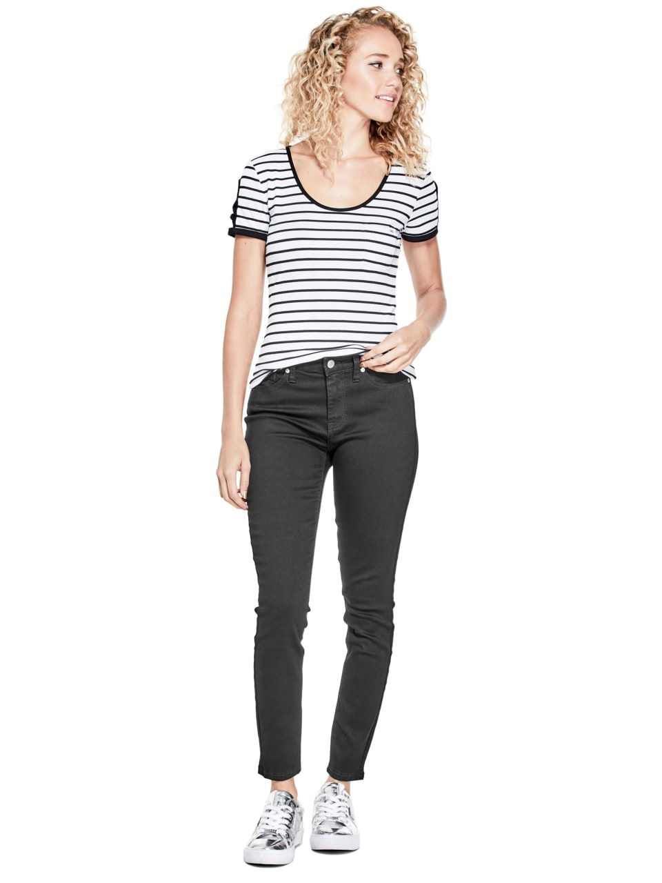 GUESS-Factory-Women-039-s-Nico-Striped-Cutout-Scoop-Neck-Short-Sleeve-Tee thumbnail 6