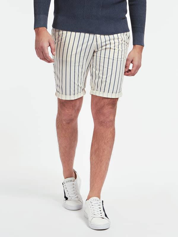 GUESS Shorts Skinny