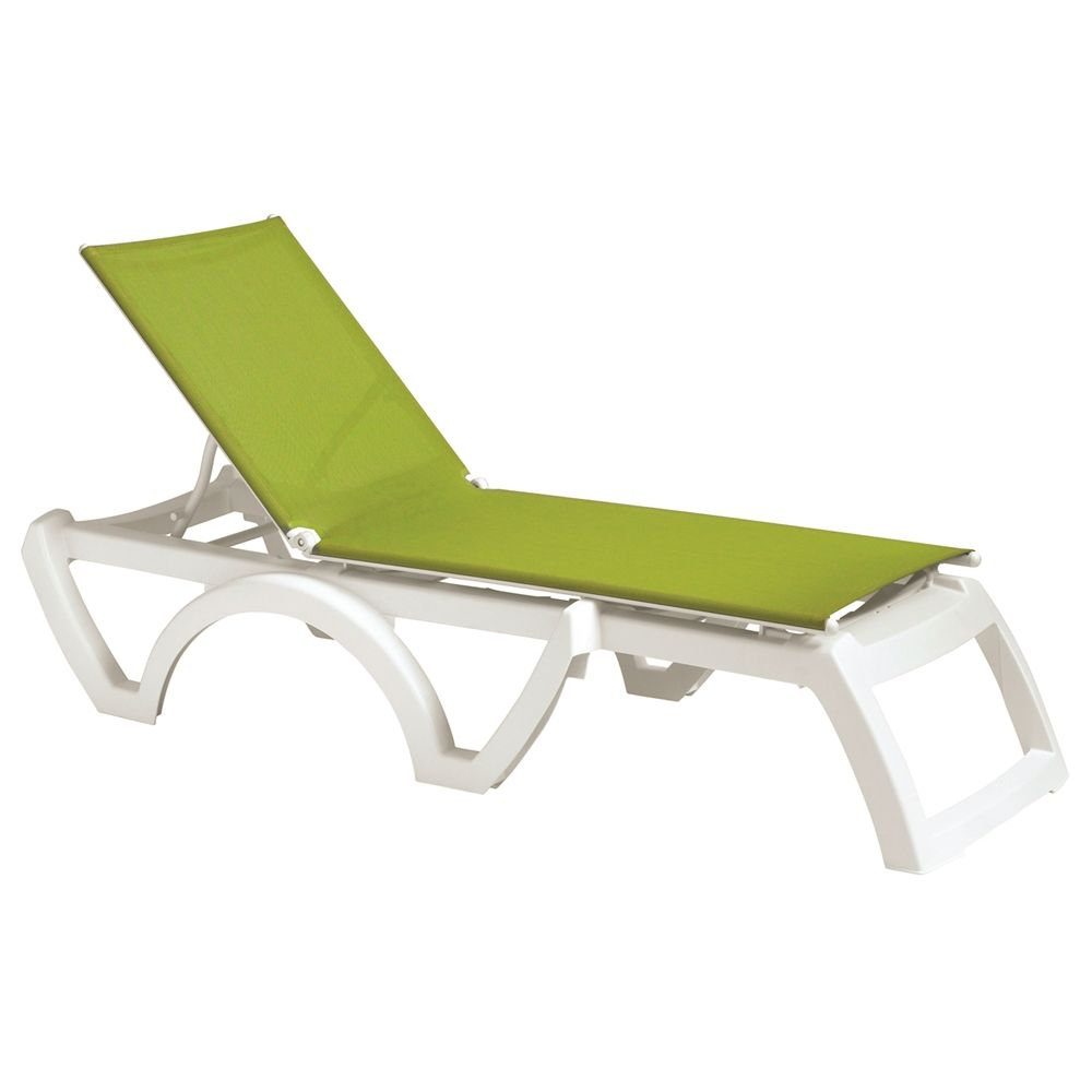 Grosfillex® Calypso Adjustable Sling Chaise, Fern Green Sling with White Frame (Minimum Qty 12)