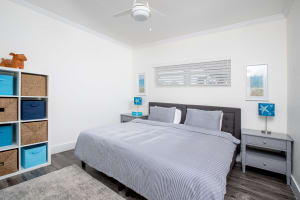 Second Bedroom (2x Twins can make Queen)