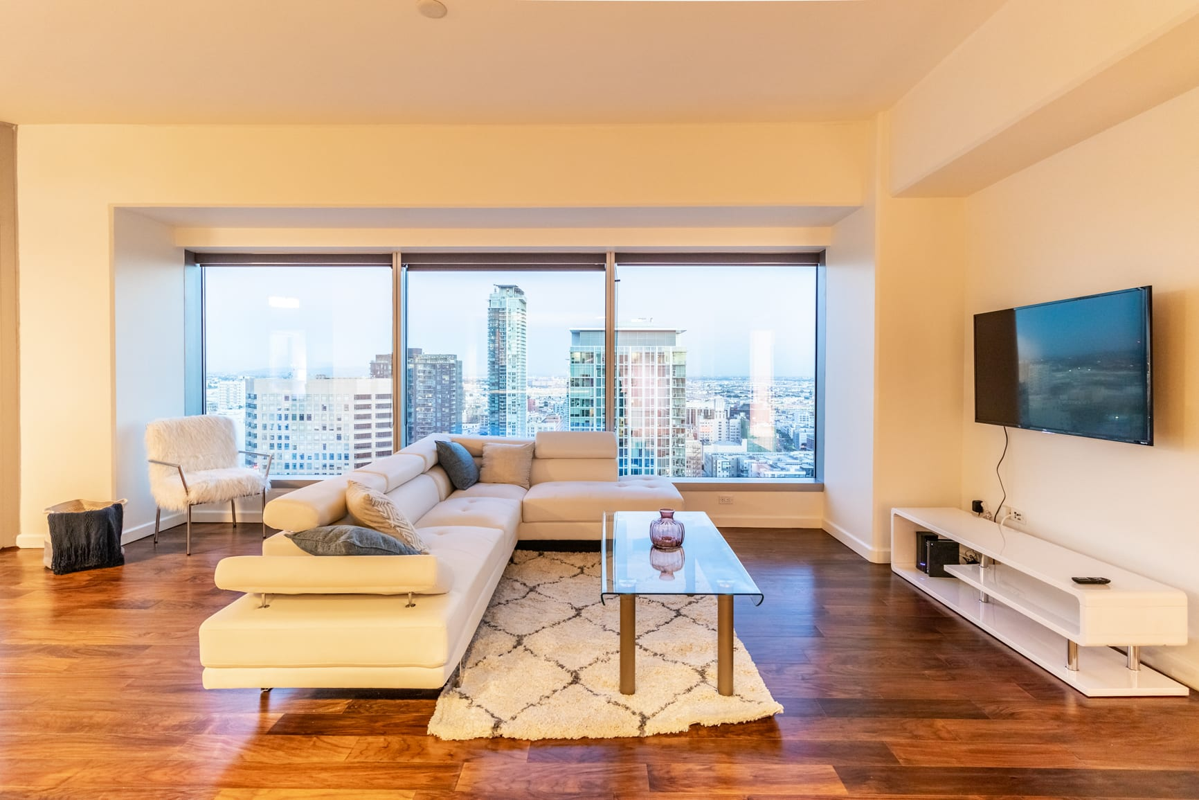 Luxury Single Private Bedroom in San Diego (DISCOUNTED RATE)!