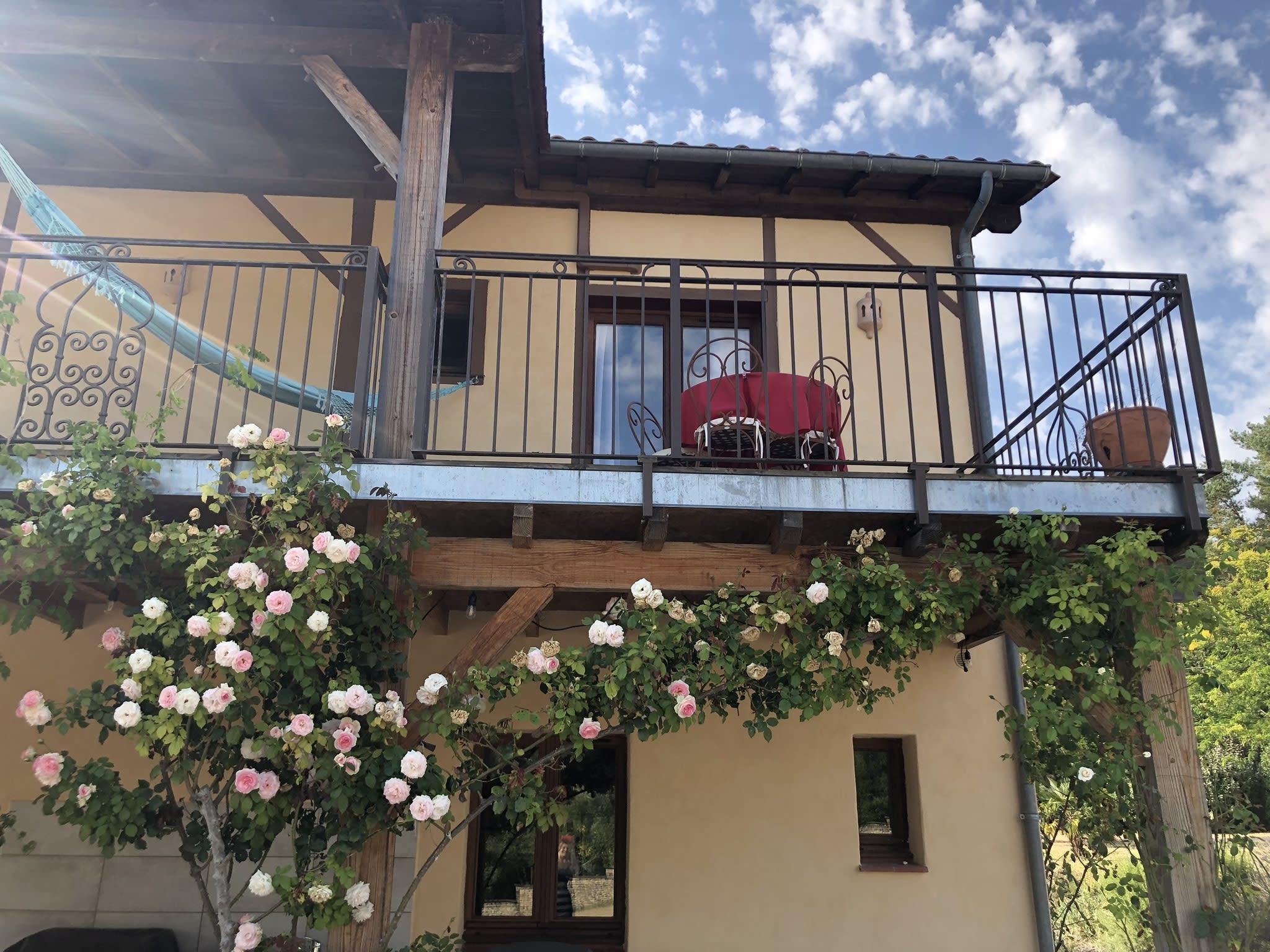 étoile de Jor eco-lodge, a ground floor ecologically renovated home...