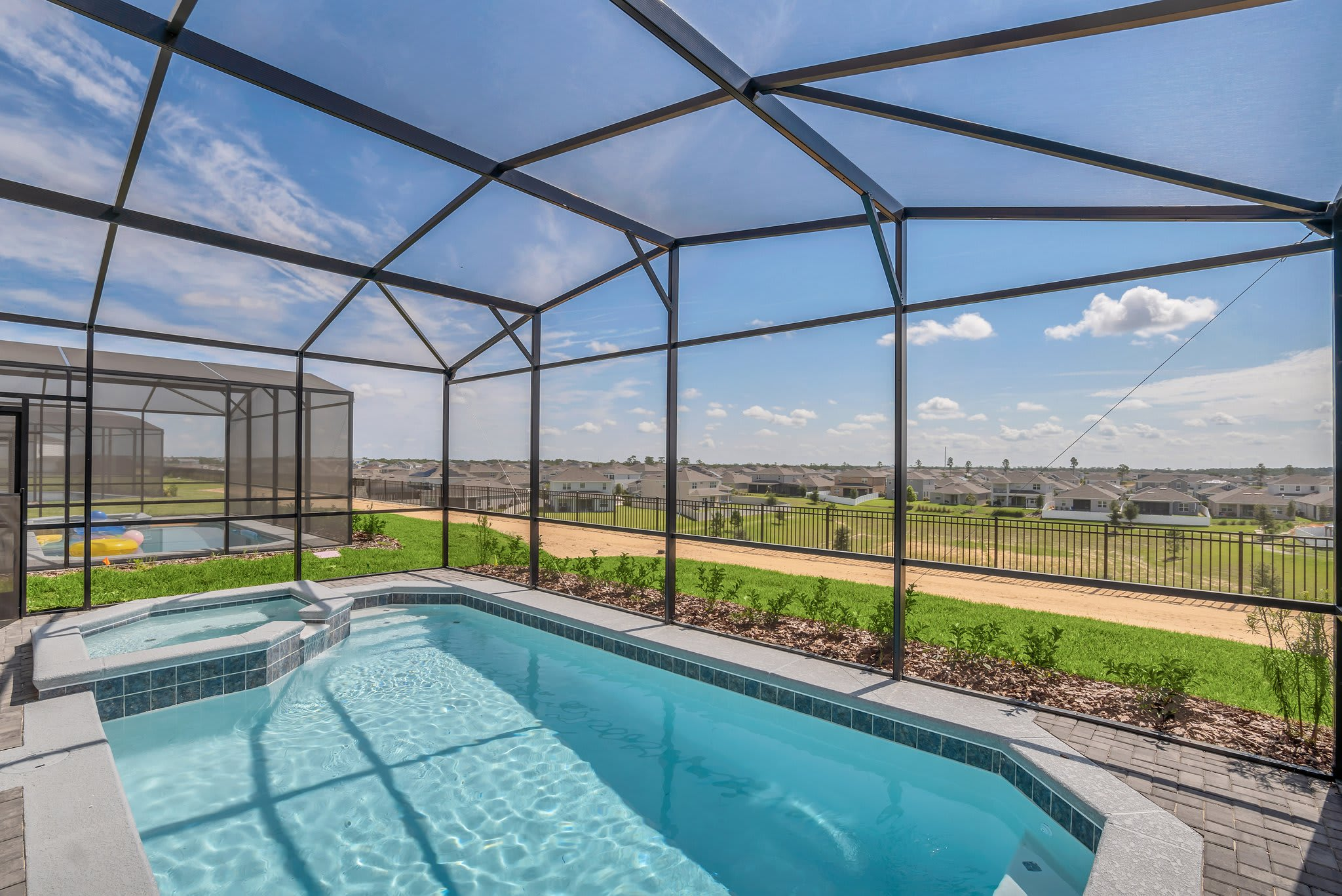 7BR Home - Family Resort - Private Pool, Hot Tub and BBQ!