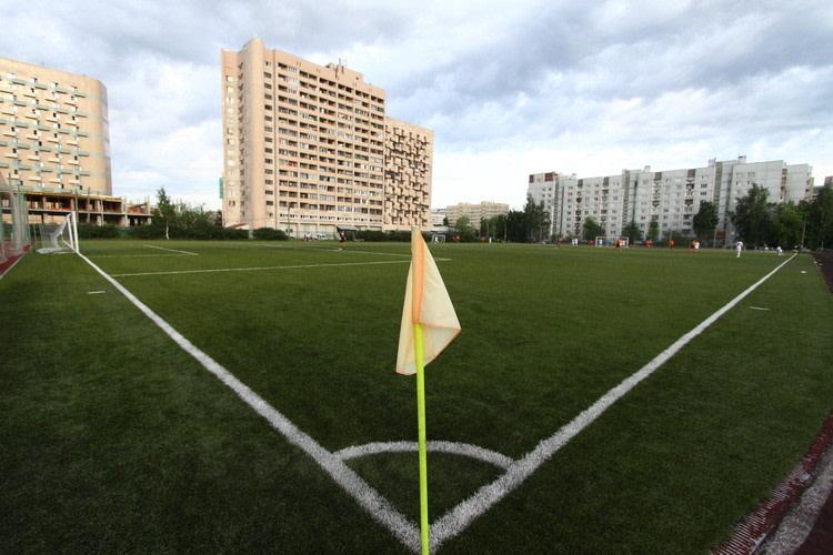 Стадион СШ №2 Василеостровского района — фотография 4