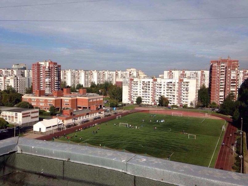 Стадион СШ №2 Василеостровского района - главная фотография