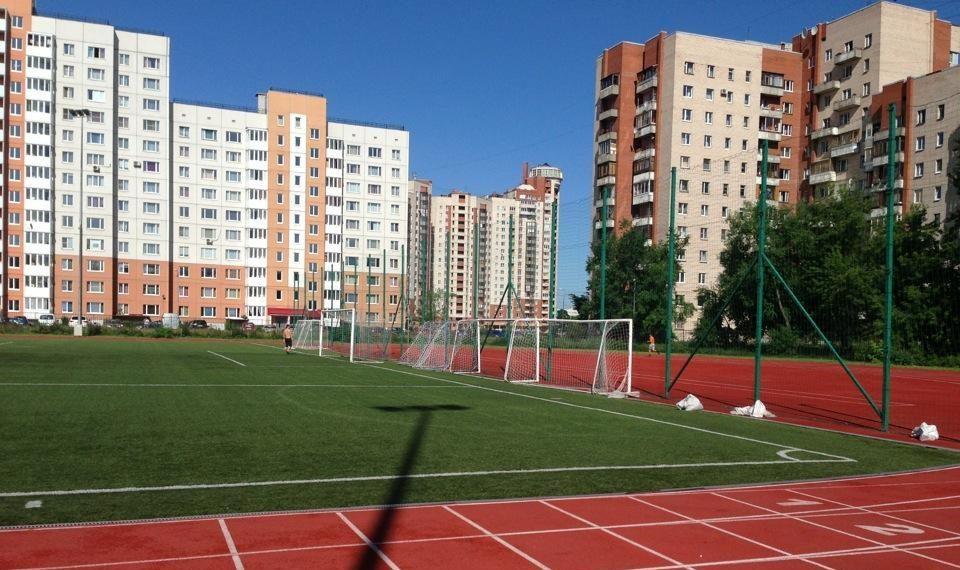 Стадион СШОР Кировского района — фотография 4
