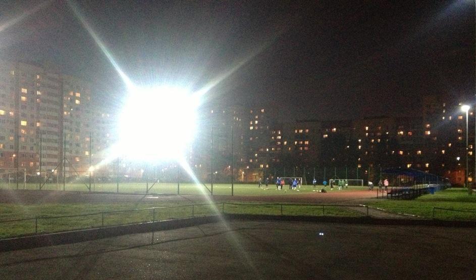 Стадион СШОР Кировского района — фотография 1