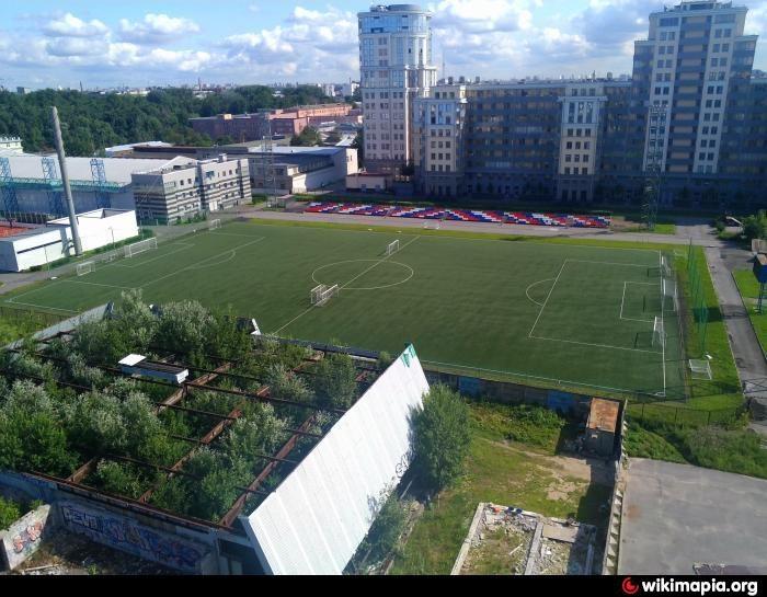 Стадион центра спорта Василеостровского района — фотография 2