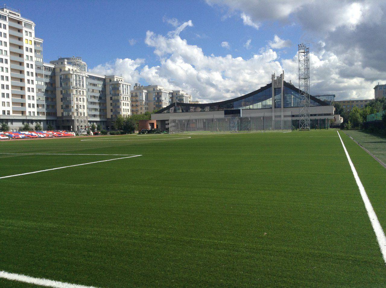 Стадион центра спорта Василеостровского района - главная фотография