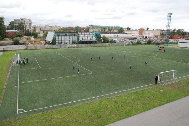 Стадион центра спорта Василеостровского района — фотография 7