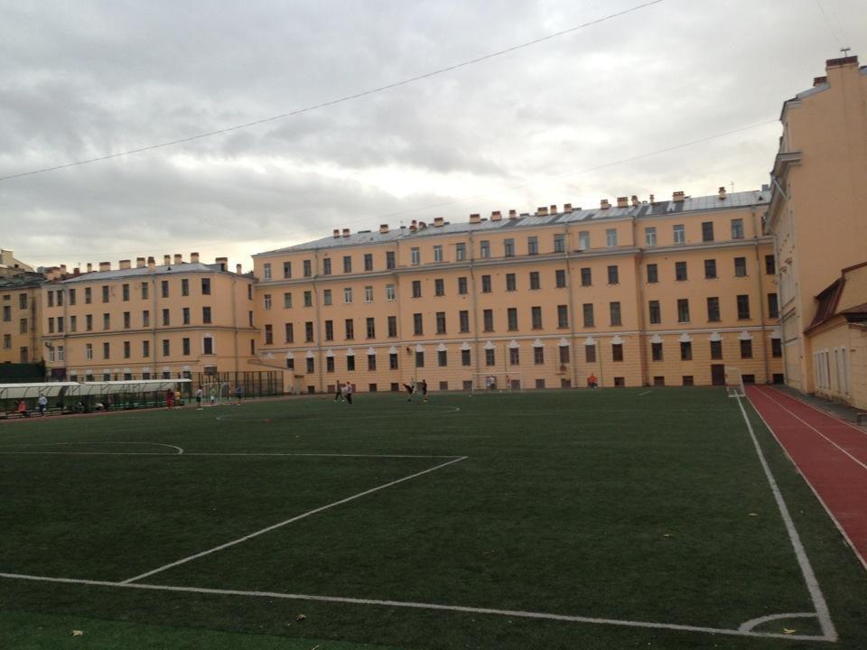 Стадион школы 163 — фотография 1