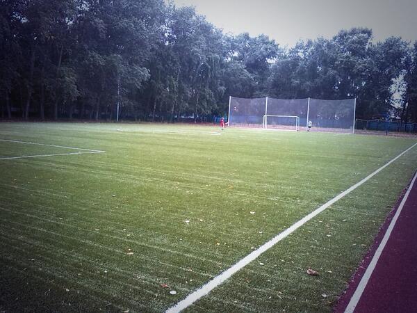Стадион школы 383 — фотография 1