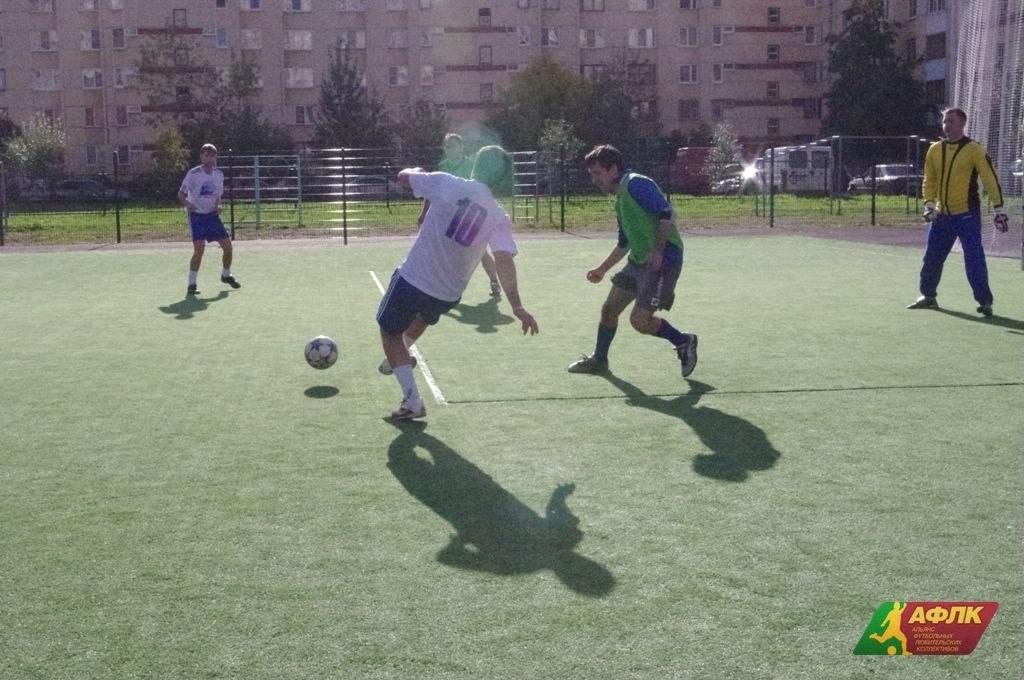 Стадион школы 640 — фотография 2